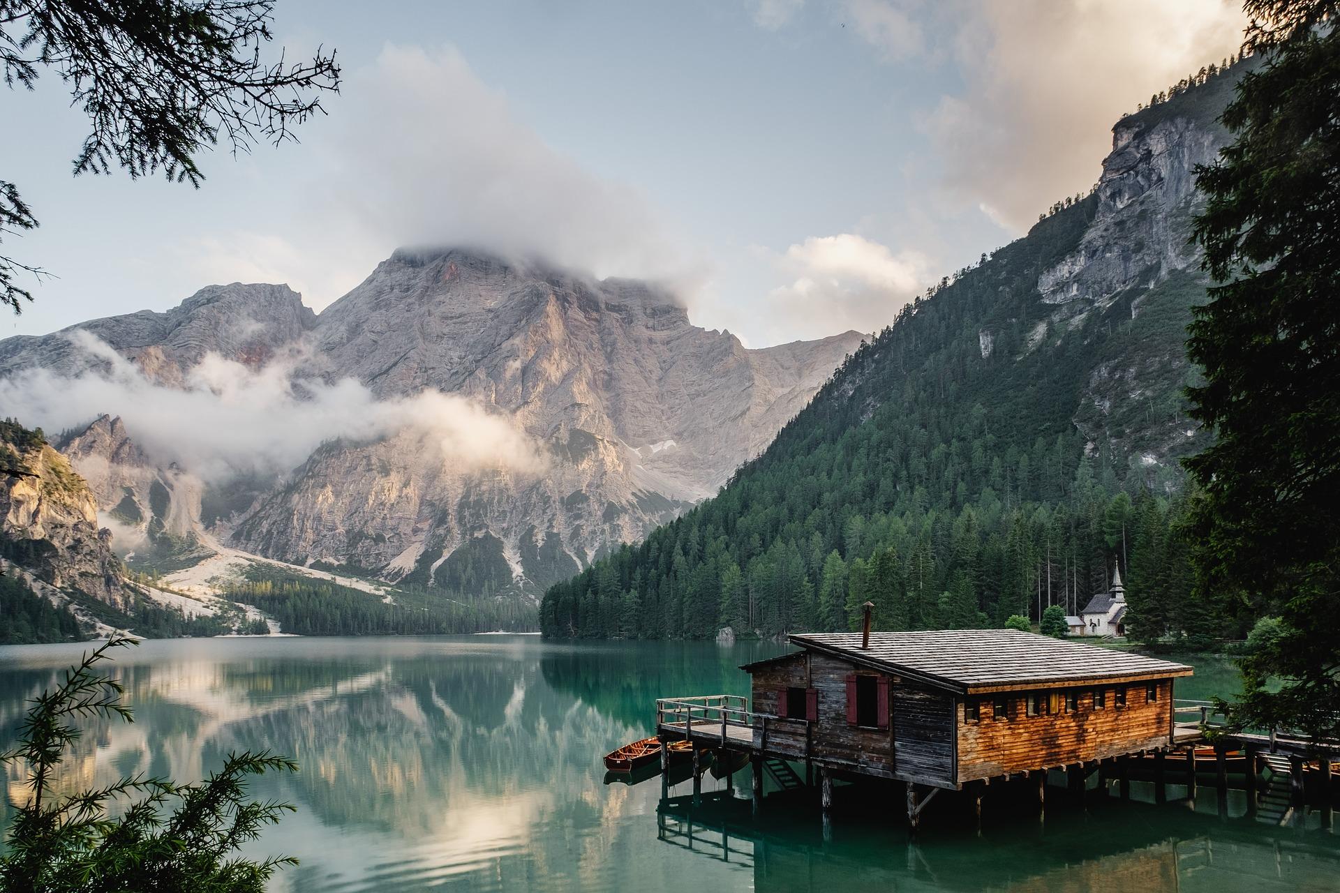 湖畔に佇む家に住みたい