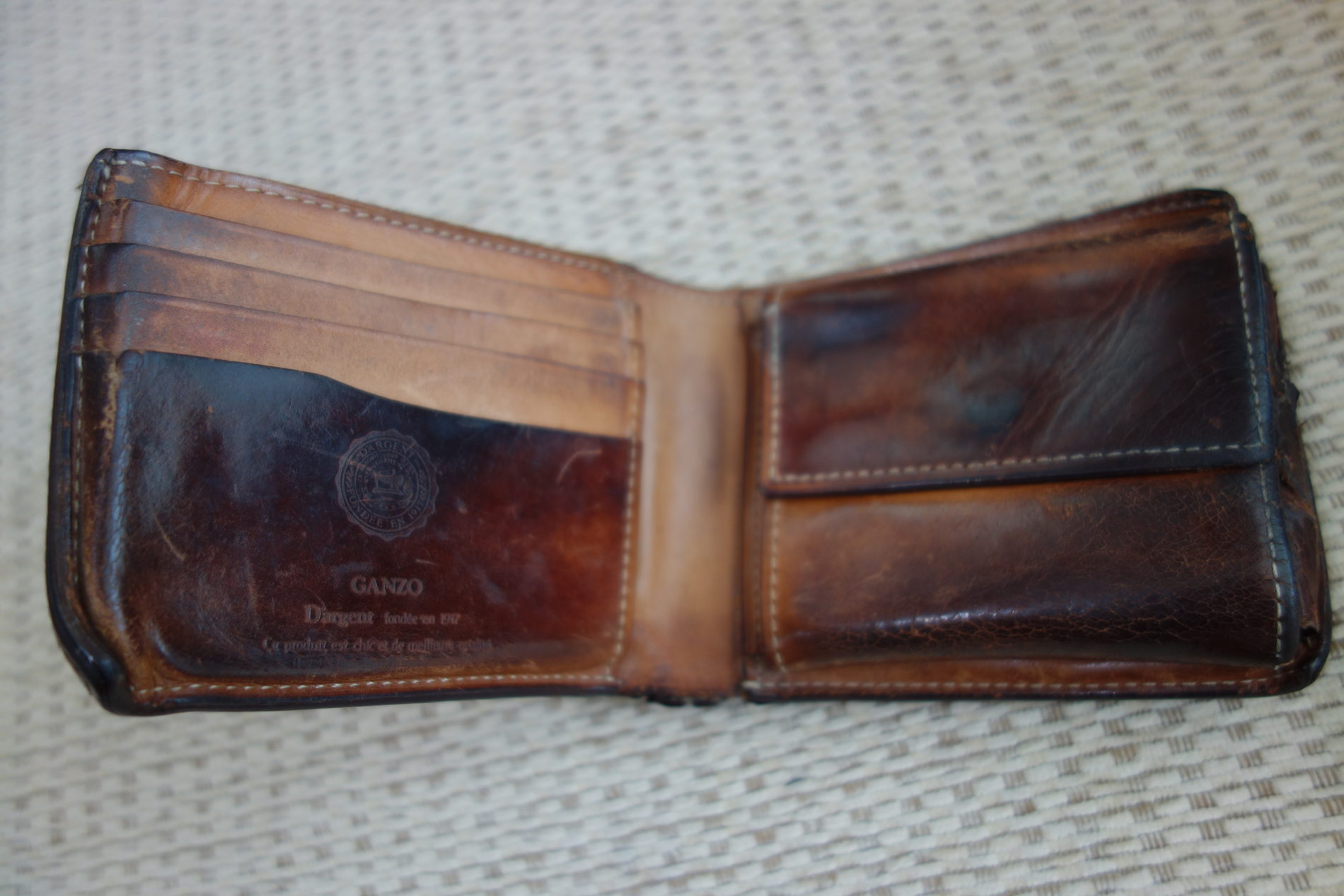 GANZO,2つ折り財布,コードバン,16年,エイジング